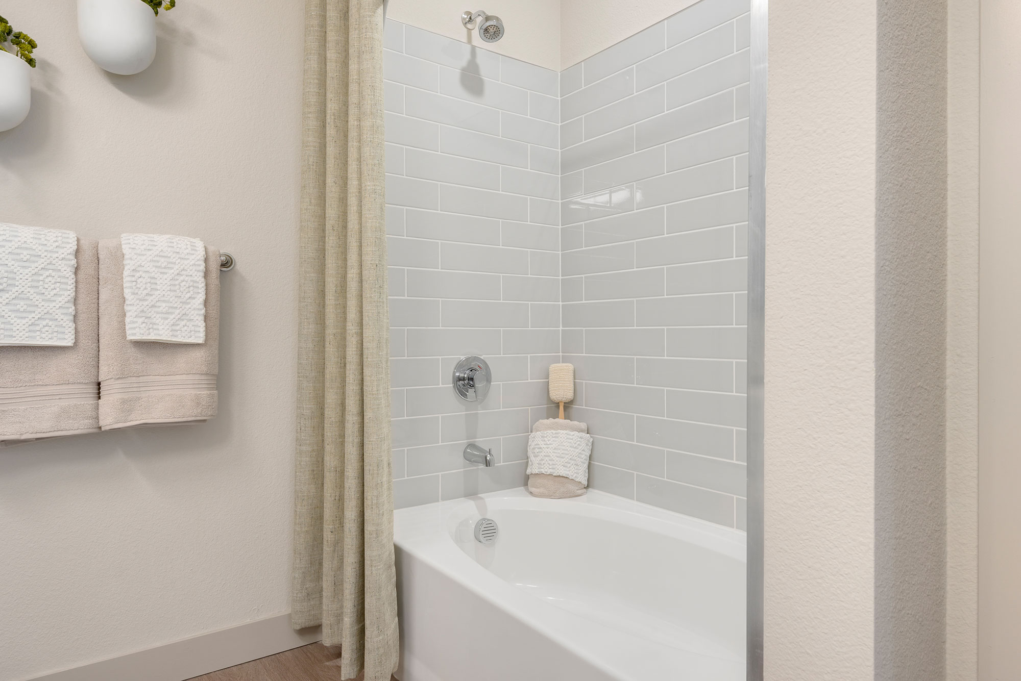 Riata - Model Unit - Bathtub